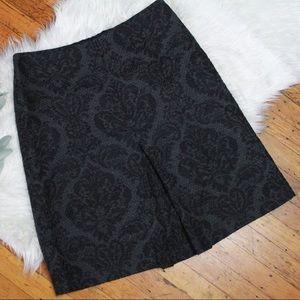 Ann Taylor💕 Embroidered Pleat Career Tweed Skirt